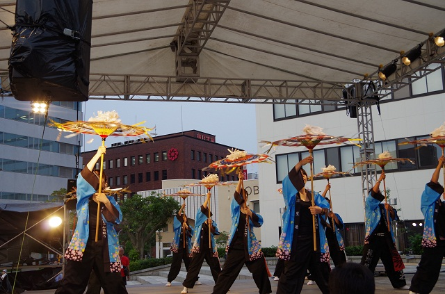 2014年前夜祭傘踊り