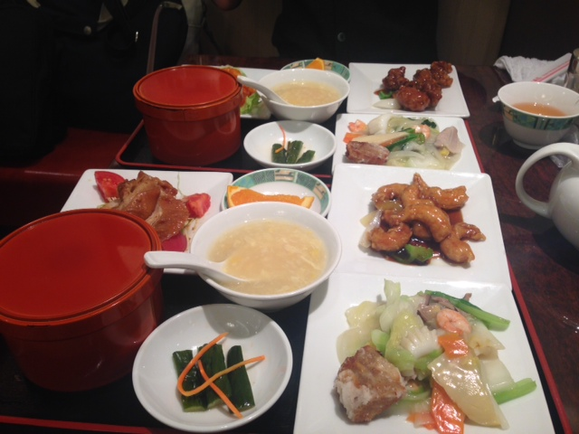 蓬莱551の定食