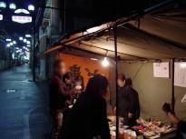 平野の住宅街の中にある45年続いている屋台~串かつ・どて焼 武田