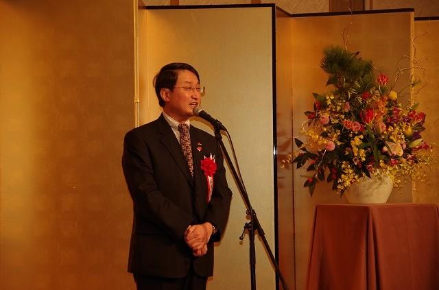 鳥取県知事 平井伸治