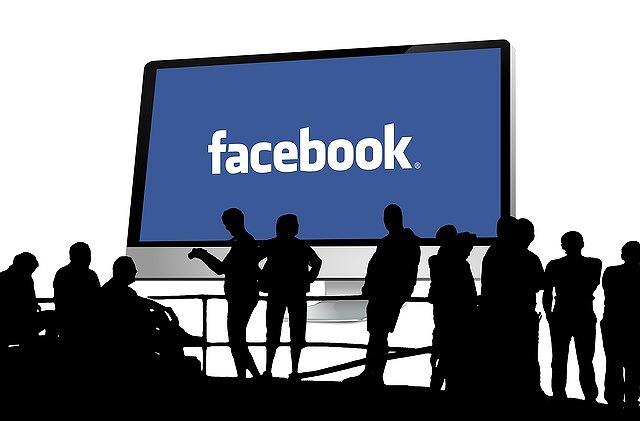 facebookと沢山の人